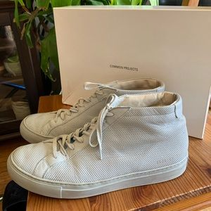 Common Projects Achilles Perf Mid